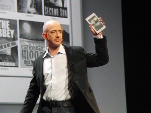 Amazon CEO Jeff Bezos shows off Kindle Fire tablet